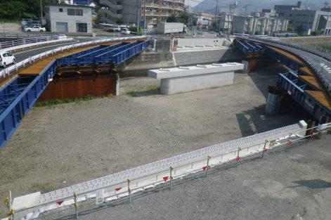 平成25-26年度 川之江橋下部工事